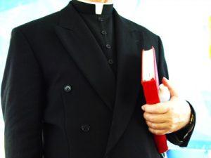 katolicki svestenik