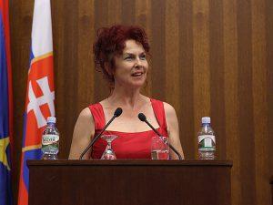 Ana Tomanova Makanova