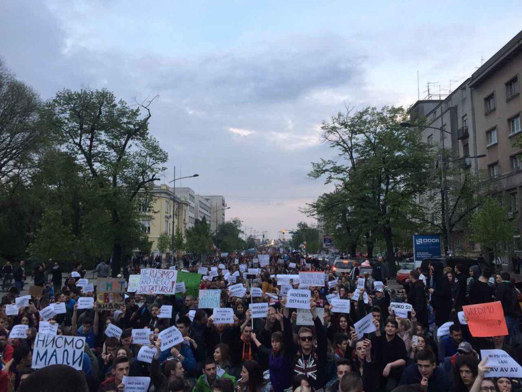 Protest Novi Sad treci dan foto Maja Ledjenac2