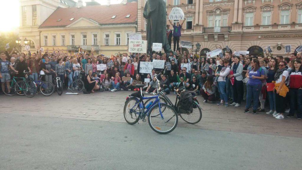 Protest izbori NS foto David Gruhonjic